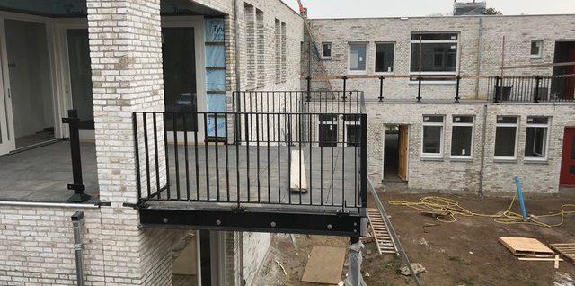 Balkon met ballustrade